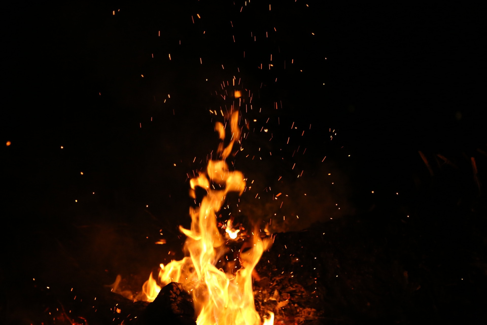 burning-dark-fire-110867